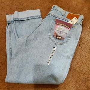 Vtg LEE high waisted tapered Jeans USA MADE